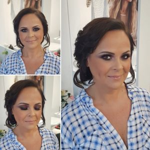 Dramatic mother of the bride makeup look by Doranna Wedding Hairstylist & Bridal Makeup Artist in Playa del Carmen, Mexico