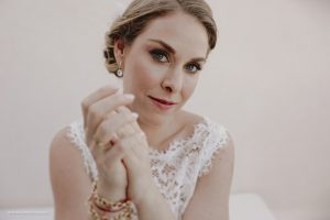 Natural bridal makeup in Tulum, Mexico by Doranna Wedding Hairstylist & Bridal Makeup Artist